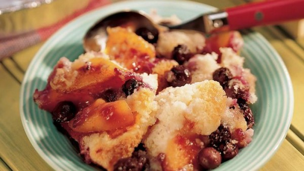 Barbecued Blueberry And Nectarines Cobler