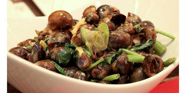 Exotic-Snails-Cooked-With-Coconut N