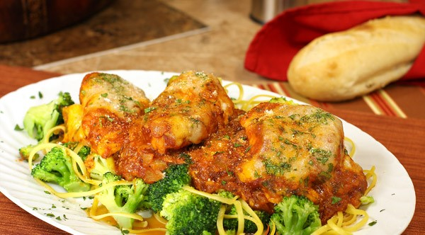 chicken-with-pasta, cheese and-broccoli.